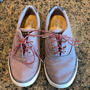 Sperry toddler boys shoes 12.5 grey/fun laces